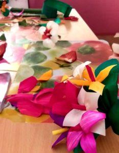 Warsztaty wykonywania kwiatów z wiórów osikowych
