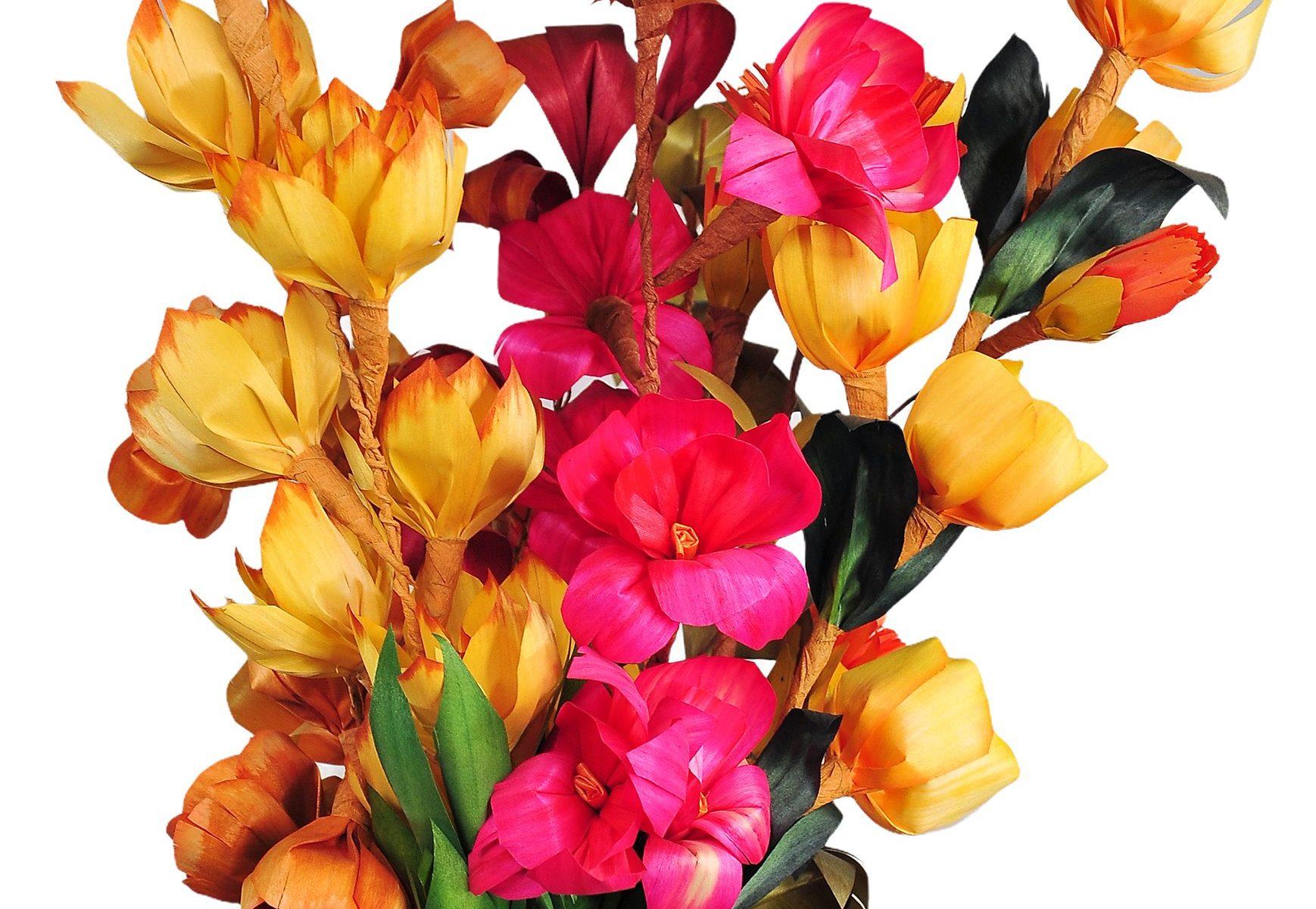 Kubiet z kolorowych kwiatków z wiórków osikowych